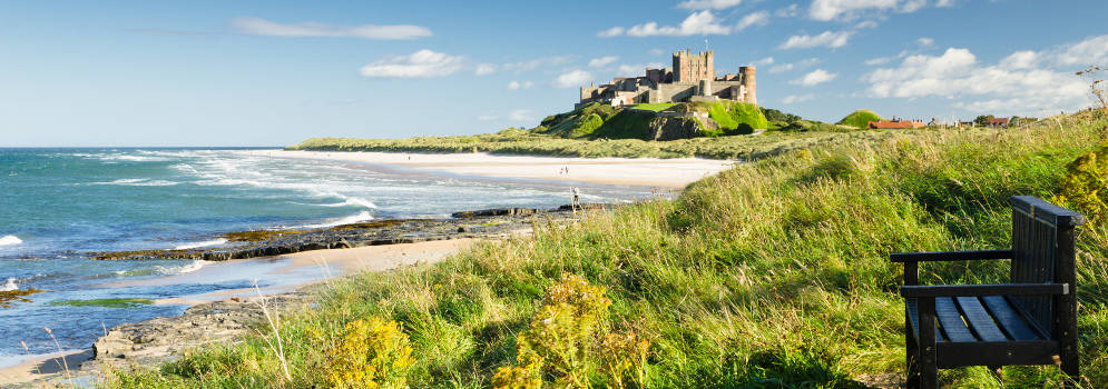 Bamburgh Castle aan de Northumberland Coast in Engeland