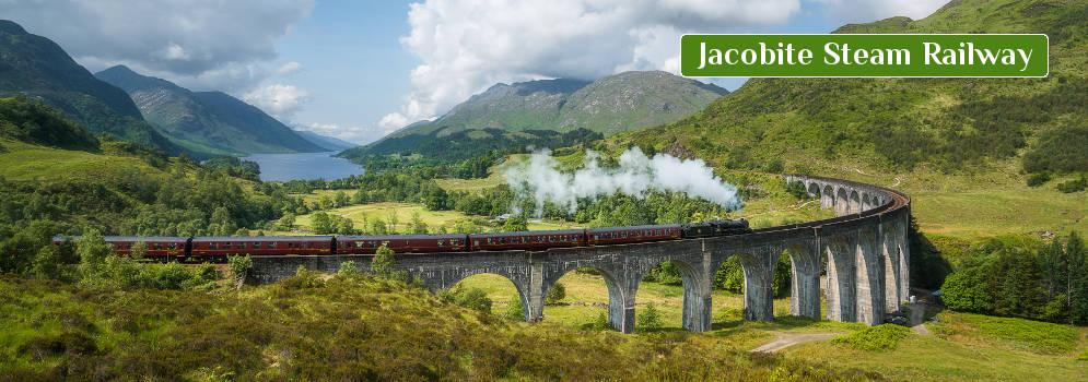 Jacobite Steam Railway in de Highlands, Schotland